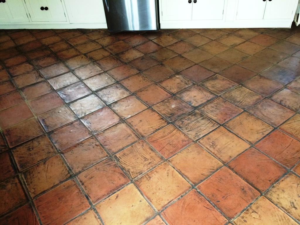 Terracotta Tiled Floor Salisbury Before Cleaning