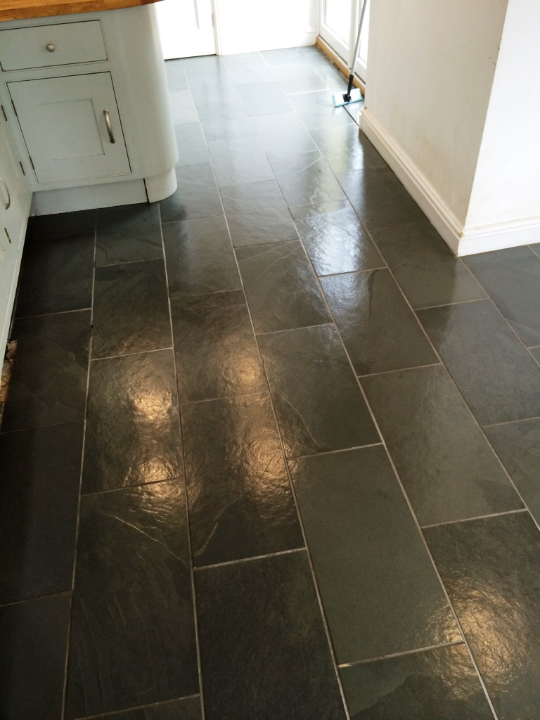 Seal floor tile