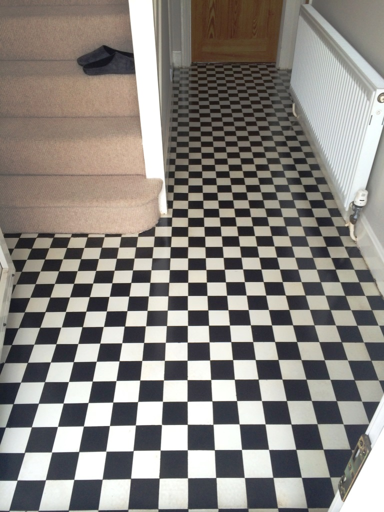 Victorian Tiled Hallway Swindon After Cleaning