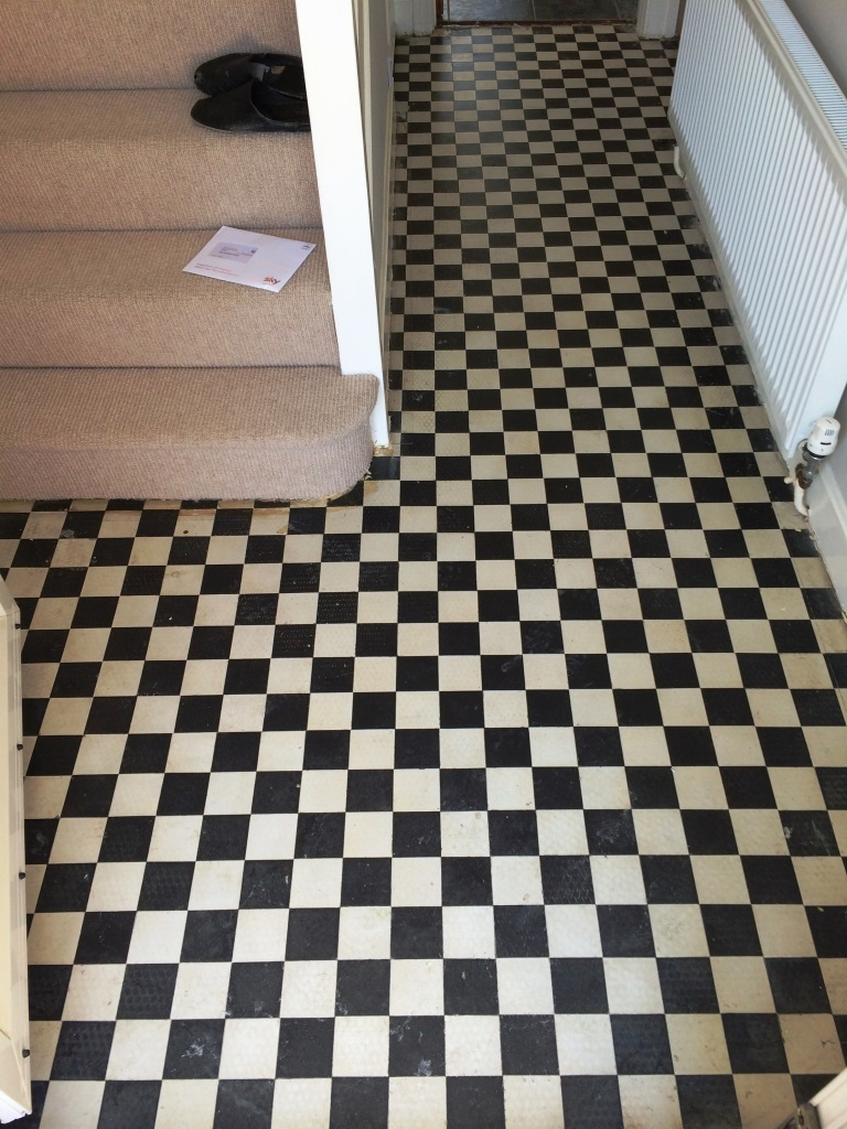 Victorian Tiled Hallway Swindon Before Cleaning